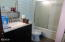 245 Monterey Ave, Lincoln City, OR 97365 - Bathroom