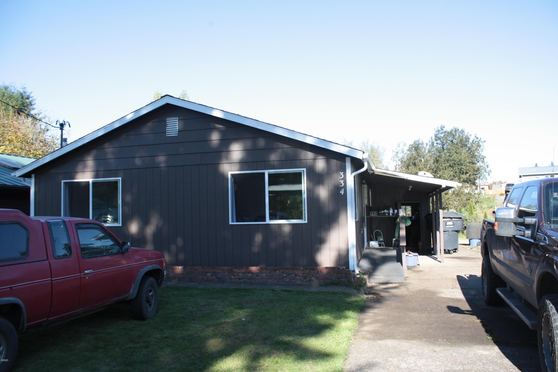 334 SE Swan Ave, Siletz, OR 97380