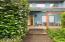 1560 SW Ocean Ct, Waldport, OR 97394 - Front porch