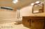 1560 SW Ocean Ct, Waldport, OR 97394 - Guest bath