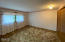 1560 SW Ocean Ct, Waldport, OR 97394 - Guest room