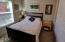 392 NW 3rd St, #12, Newport, OR 97365 - Bedroom