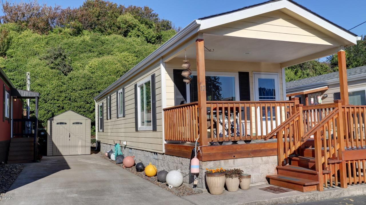 392 NW 3rd St, #12, Newport, OR 97365
