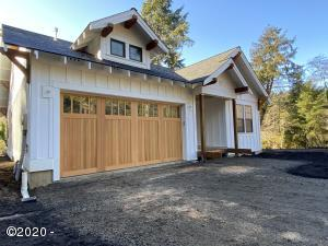 3000 NE 26th St, Lincoln City, OR 97367 - Updated front 11/10/2020