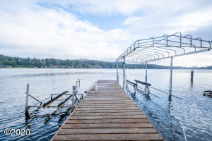 4018 NE 42nd St, Neotsu, OR 97364 - Boat & Waverunner Lift