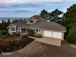 3814 NW Shore View Dr, Waldport, OR 97394 - Front of House
