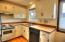 912 SW 11th St, #2, Newport, OR 97365 - Kitchen.