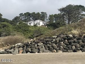 4875 N Hwy 101, 31, Depoe Bay, 0R 97341 - Picture of beach