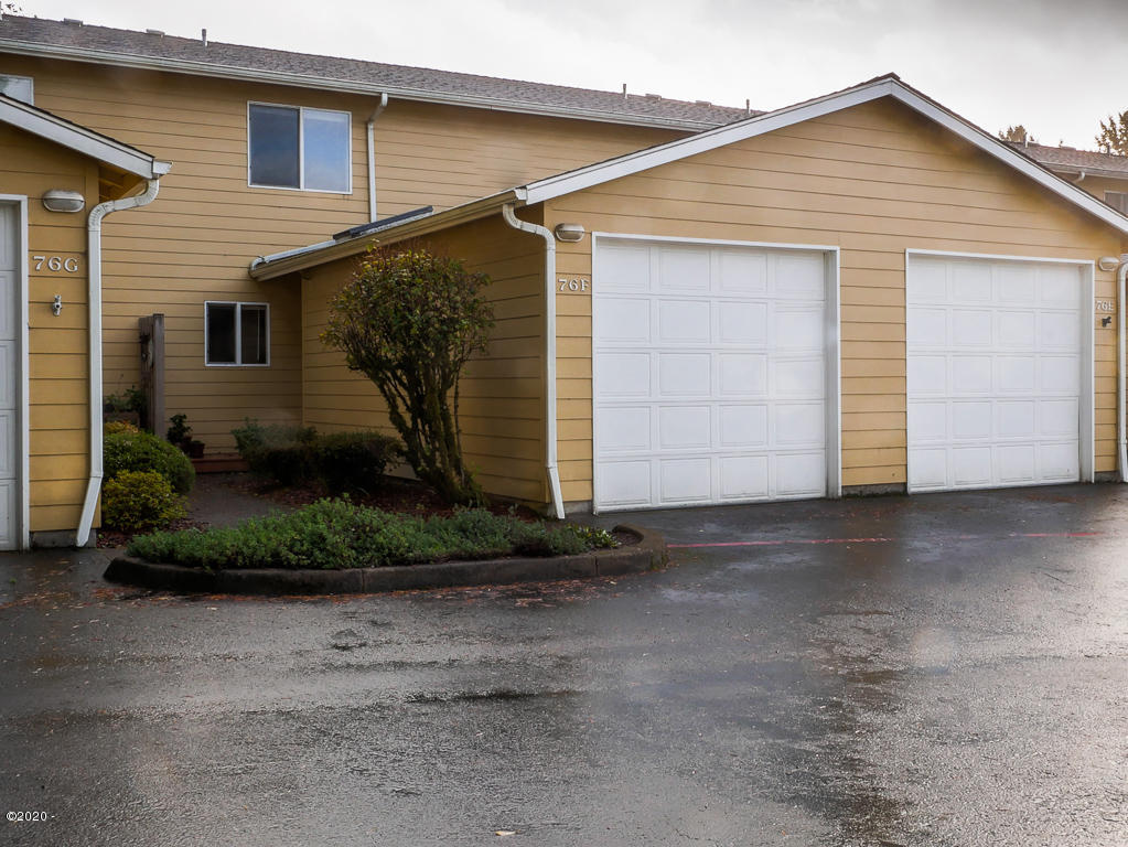 76 NW 33rd Pl, F, Newport, OR 97365 - 76 NW 33rd Pl Unit F