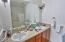 505 NE 71st St, # E, Newport, OR 97365 - Master bath