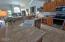 505 NE 71st St, # E, Newport, OR 97365 - Kitchen