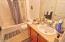 505 NE 71st St, # E, Newport, OR 97365 - Bath 2