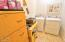505 NE 71st St, # E, Newport, OR 97365 - Laundry