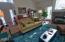 505 NE 71st St, # E, Newport, OR 97365 - Living room