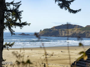 3749 NW Oceanview Dr, Newport, OR 97365
