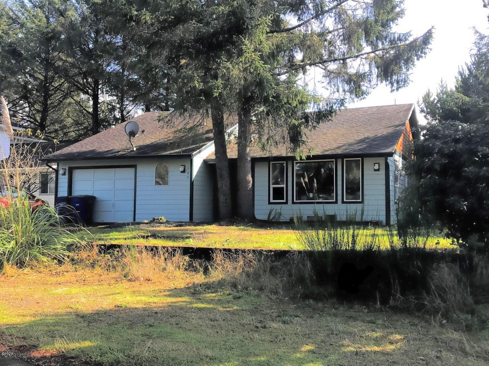 165 Spruce Ct, Depoe Bay, OR 97341 - Front view 1.0