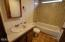 138 NE 57th St, Newport, OR 97365 - Bath 2