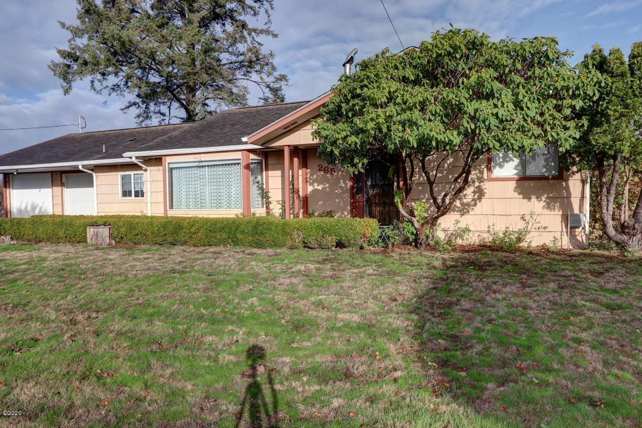 265 NE 6th St, Newport, OR 97365 - Front of House