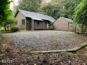 2314 SW Bard Rd, Lincoln City, OR 97367 - Front