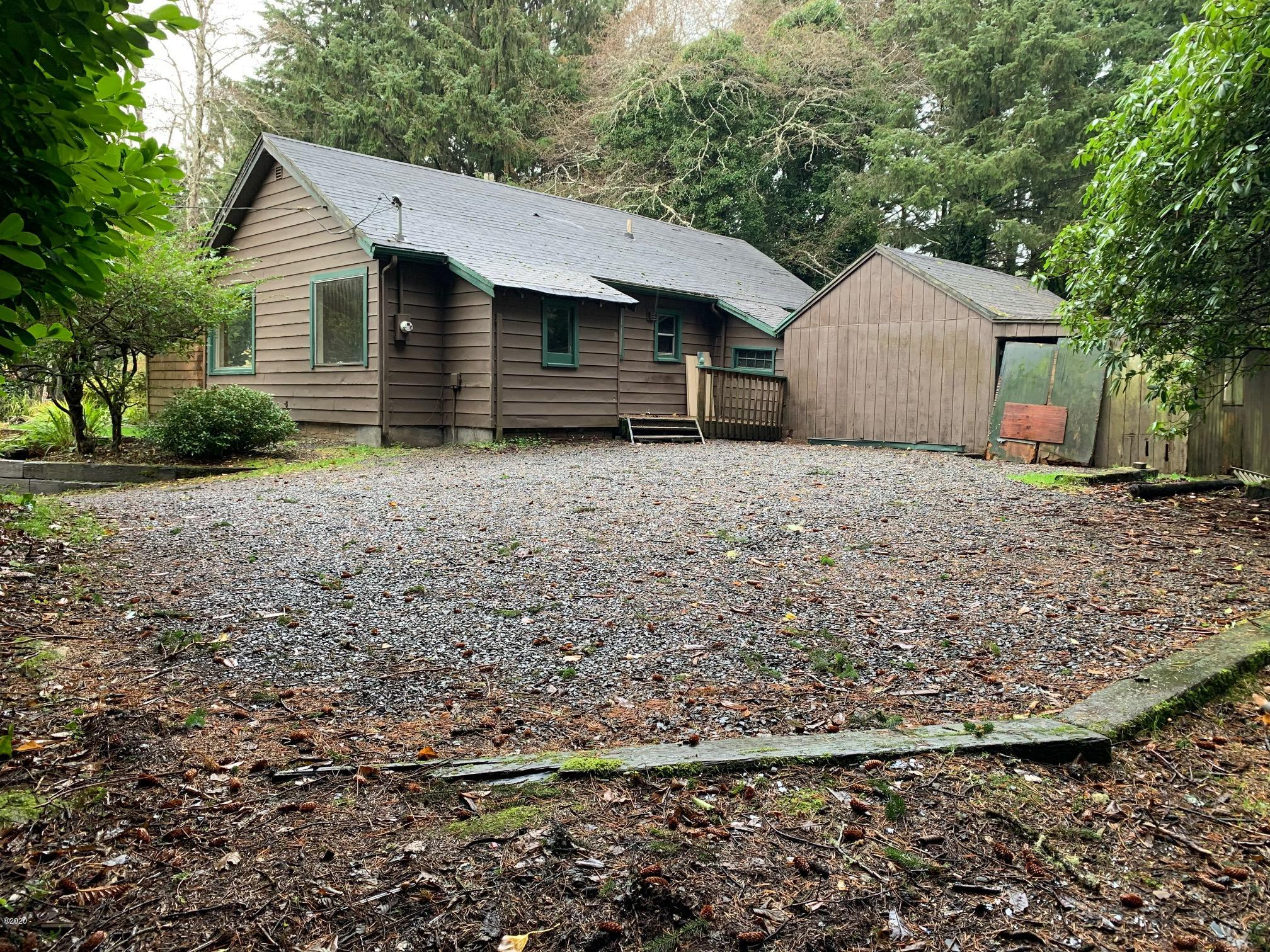 2317 Bard, Lincoln City, OR 97367 - Front