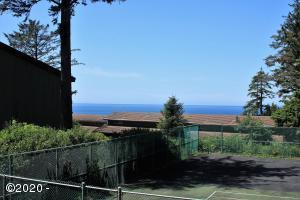301 Otter Crest Dr, 172-173 1/12 SHARE, Otter Rock, OR 97369 - IOC 172/173 1/12th share