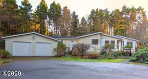407 SE 127th Pl, South Beach, OR 97366 - Front