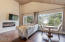 125 Wakash Trail, Depoe Bay, OR 97341 - Master Suite Sitting Area