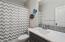 4670 NE Union Lp., Lincoln City, OR 97367 - Bathroom #1