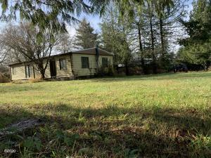 323 Old River Rd NE, Siletz, OR 97380 - front of Home
