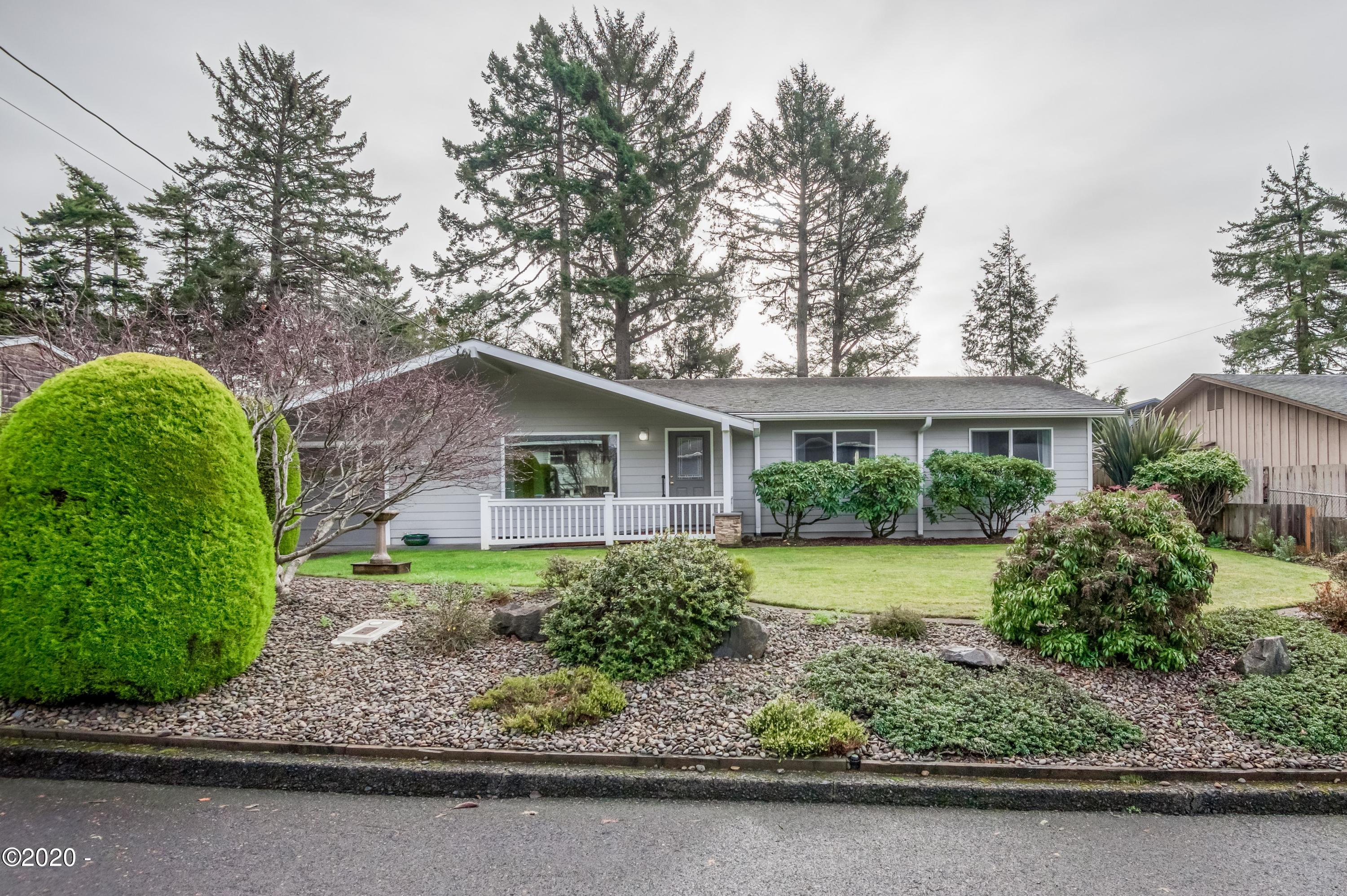 428 NE Chambers Ct, Newport, OR 97365 - 428Chamber--28