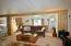 923 SE Bay Blvd, 2, Newport, OR 97365 - Living Room