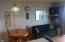 , Lincoln City, OR 97367 - Dining area off Liv Rm