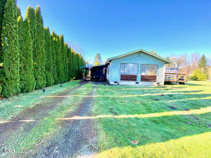 405 B St, Siletz, OR 97380 - Front of Home