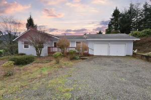 14290 Campground St, Cloverdale, OR 97112 - Front of Home