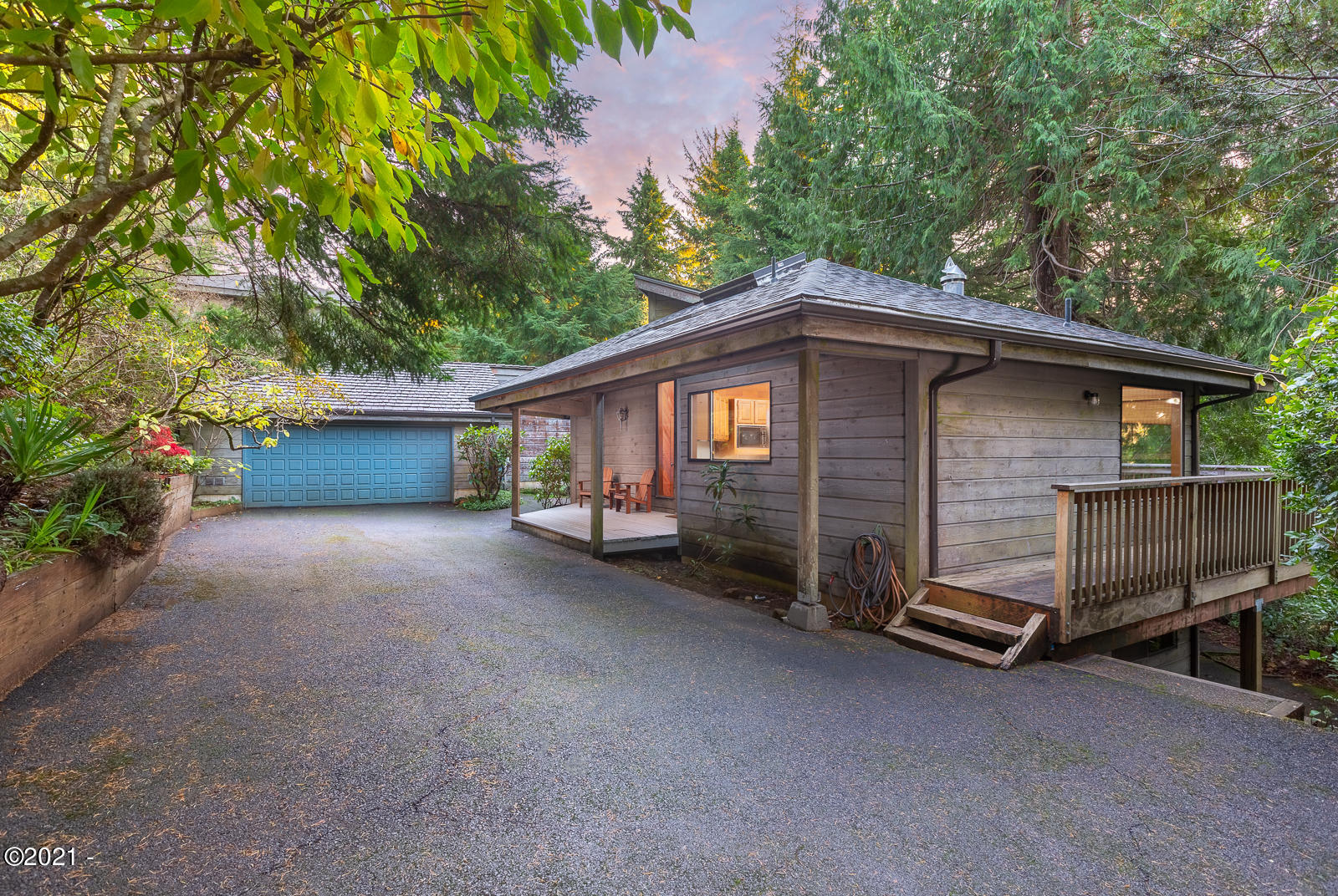 489 Fairway Drive, Gleneden Beach, OR 97388