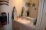 5801 NE Voyage Ave, 45, Lincoln City, OR 97367 - Bathroom