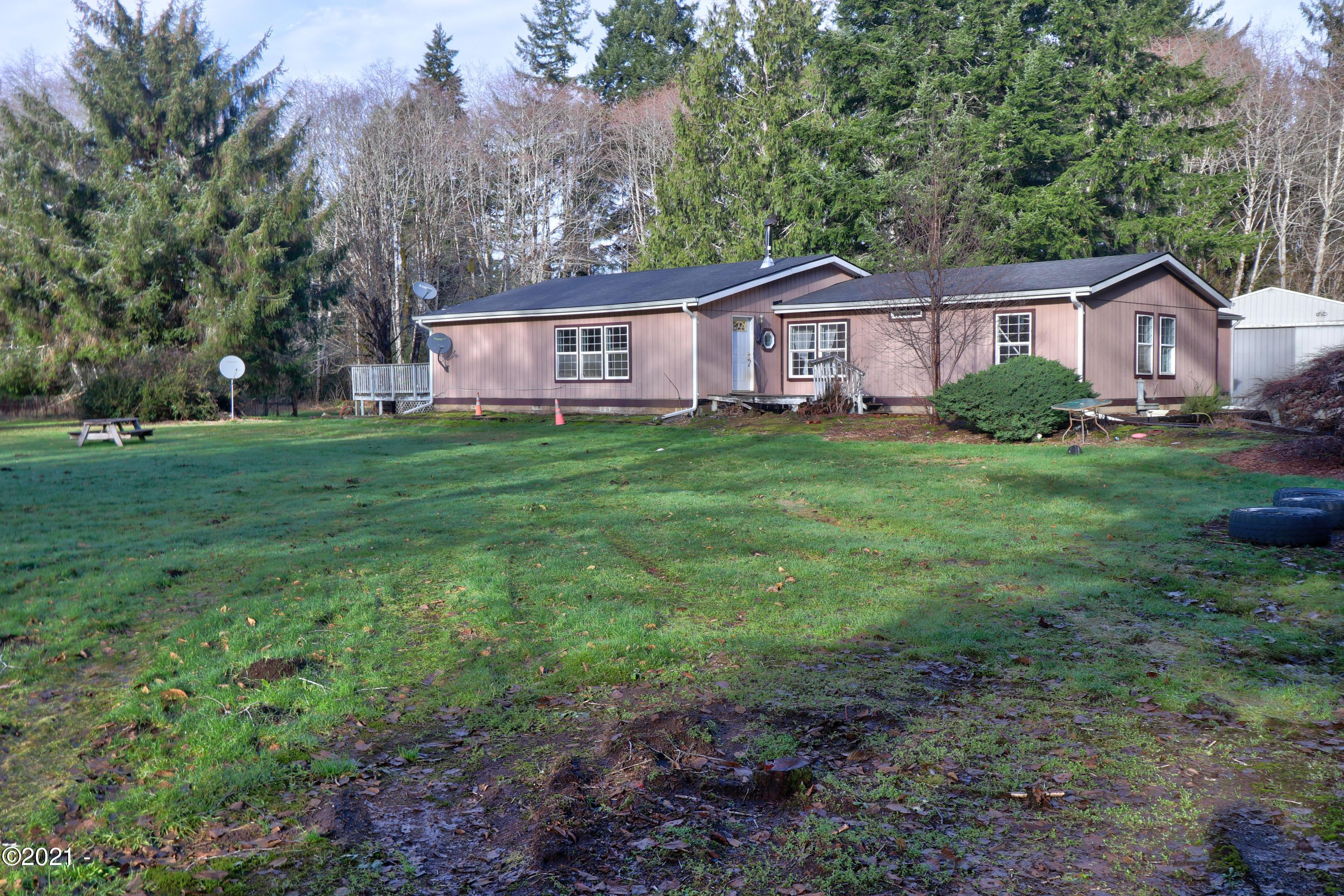 391 Sams Creek Rd, Siletz, OR 97357