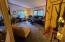 11518 SE Dogwood, South Beach, OR 97366 - Living room 2