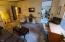 11518 SE Dogwood, South Beach, OR 97366 - Living Room