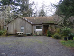 844 NE Newport Heights Dr, Newport, OR 97365 - 2021-01-09 00.43.18