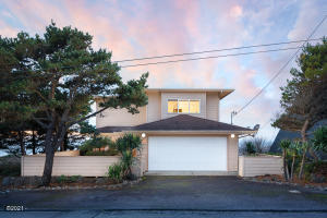 5209 NW Jetty Ave, Lincoln City, OR 97367 - 5209NWJetty-01