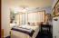 646 SW 11th St, # 3, Newport, OR 97365 - Bedroom #2