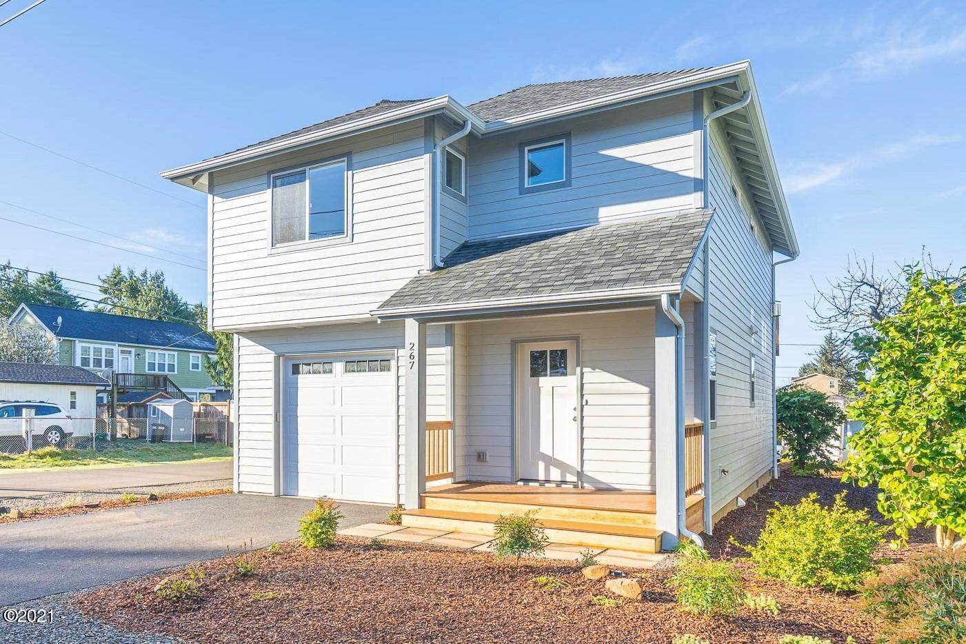 267 SE Tide Ave., Lincoln City, OR 97367 - Curbside