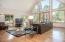 69140 Damsel Fly Ct, Sisters, OR 97759 - Living Room - View 4 (1280x850)