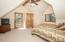 69140 Damsel Fly Ct, Sisters, OR 97759 - Bedroom 1 - View 1 (1280x850)
