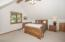 69140 Damsel Fly Ct, Sisters, OR 97759 - Bedroom 2 - View 1 (1280x850)