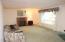 1345 Brickley Rd, Eugene, OR 97401 - Living Room View 2