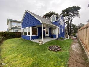 4567 SW Beach Ave, Lincoln City, OR 97367