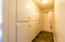 2334 Hwy 101 N, Yachats, OR 97498 - Bath Hallway B