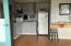 185 Huckleberry St, Waldport, OR 97394 - Kitchen area